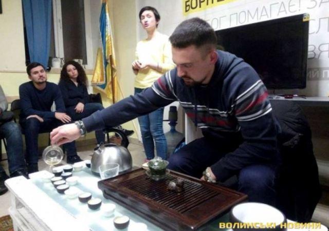 Про досвід життя двох українців у Китаї протягом року
