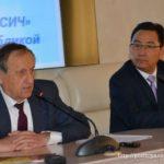 Генеральный директор МоторСич Богуслаев и представитель КНР