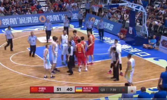 Бійка під час баскетбольного матчу Китай-Україна у КНР