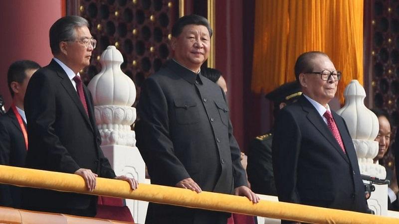 Три президенти КНР Цзянь Цземінь,Ху Цзіньтао та чинний президентСі Цзіньпін