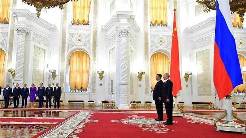 Путин и Си Цзиньпин на Петербургском международном экономическом форуме