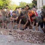 Солдати КНР допомогають прибирати вулиці Гонконгу після масових протестів