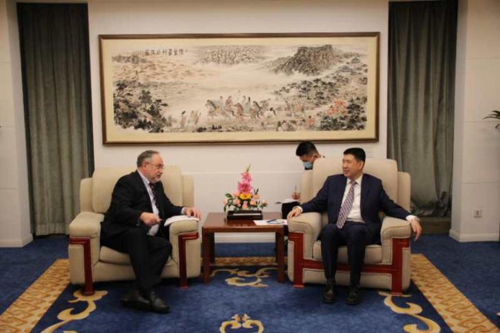 Посол України в КНР зустрівся з директором Департаменту країн Східної Європи та Центральної Азії МЗС КНР