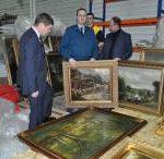 київська митниця припинила спробу незаконного вивезення художніх картин з України до Китаю