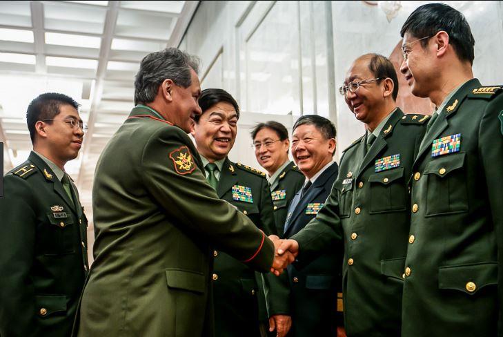 Министр обороны Шойгу в КНР, 2014 год