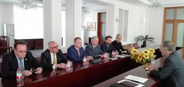 МОНУ налагоджує в КНР процес навчання в Україні китайських студентів
