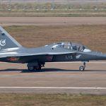 Китайський літак з українським двигуномHongdu L-15_Falcon